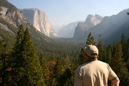 Yosemitedalen frå austenden av Wawonatunnelen