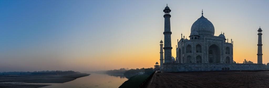 Taj Mahal panorama