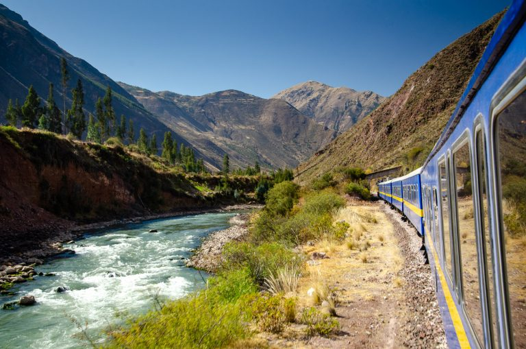 The Titicaca Train: A Long Day of Luxury